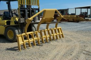 Top mounted rake 3
